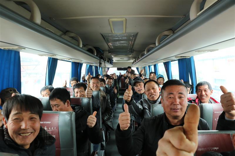 """中铁上海局华海公司深入推进""""五同""""管理——当好农民工的""""娘家人"""""""