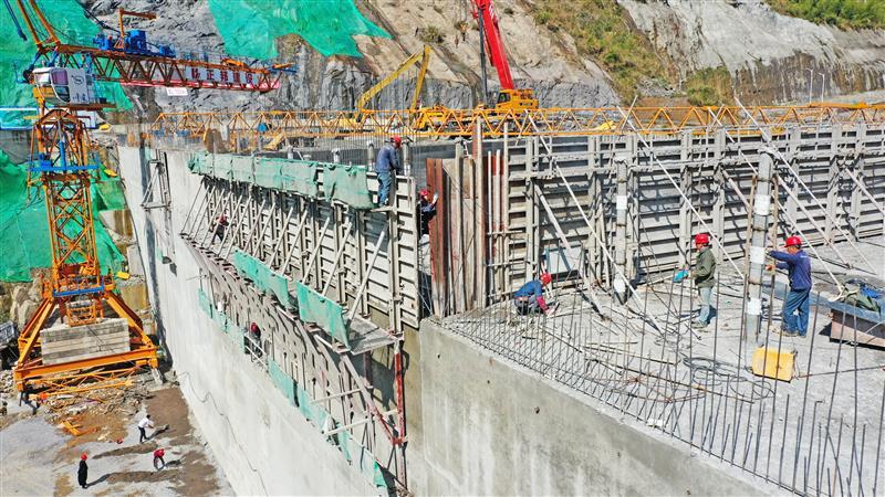 重大水利工程建设忙