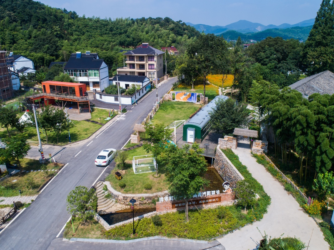 山乡发展生态旅游 推动乡村振兴