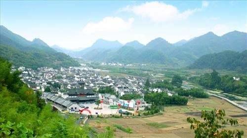 """山区产业发展的""""杭州方案"""""""