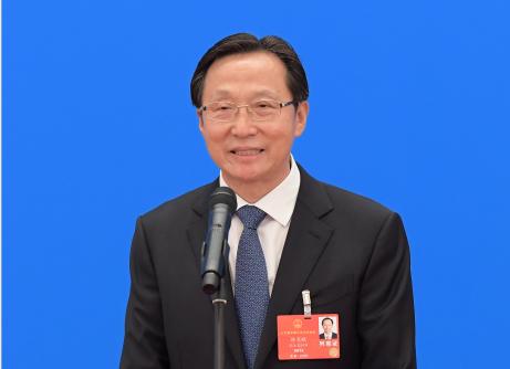 农业农村部部长韩长赋通过网络视频方式接受采访