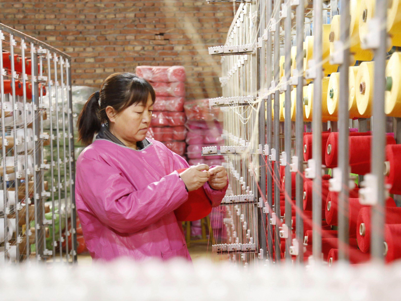 河北邢台:妇女家门口就业助增收